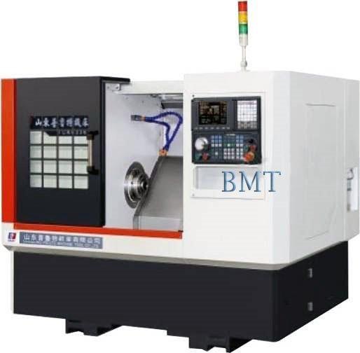 Малогабаритный токарный станок с ЧПУ TCK6340 производства фирмы SPMT
